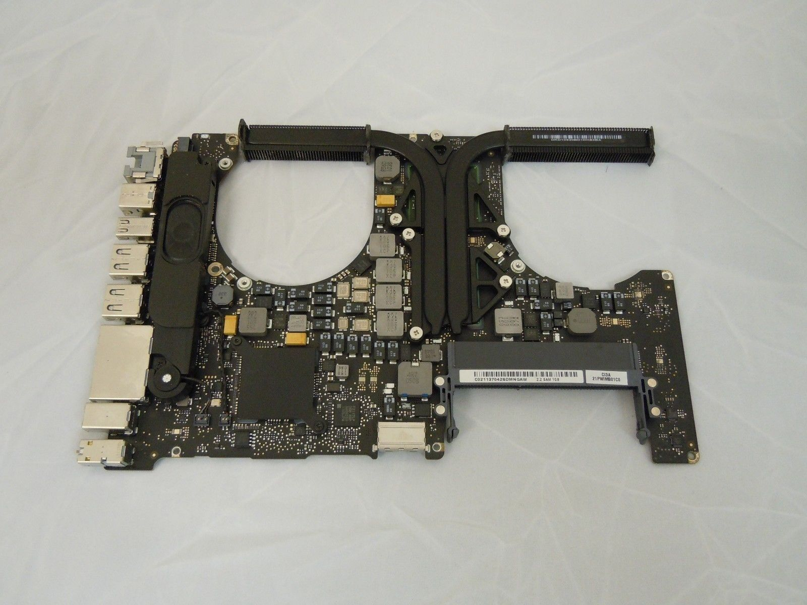 661-5852 2.2 GHz 15inch Logic Board for MacBook Pro Late 2011 A1