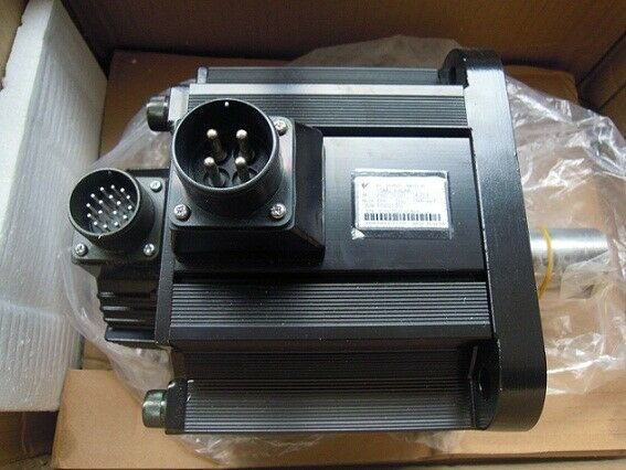 1PC YASKAWA AC SERVO MOTOR SGMG-05A2AB NEW ORIGINAL FREE EXPEDITED SHIPPING
