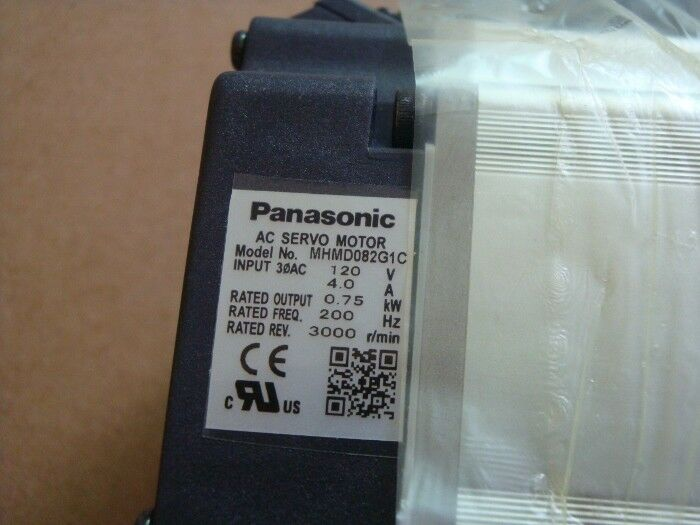 1PC PANASONIC AC SERVO MOTOR MHMD042P1V NEW ORIGINAL FREE EXPEDITED SHIPPING