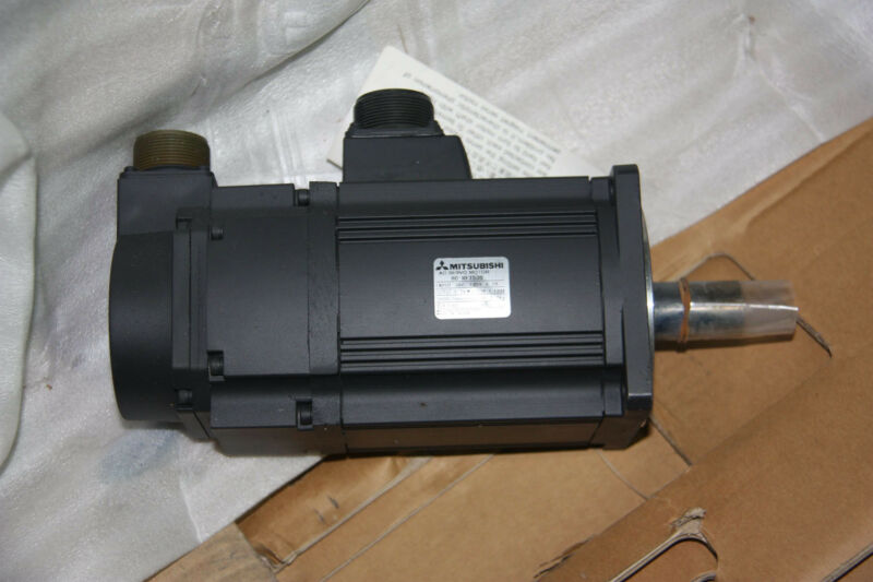 NEW ORIGINAL MITSUBISHI AC SERVO MOTOR HC-RF153B FREE EXPEDITED SHIPPING