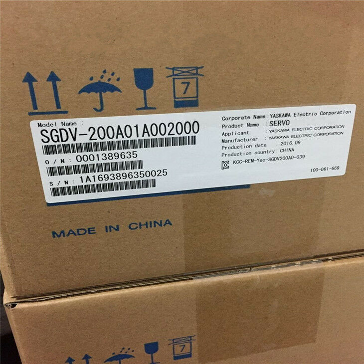 NEW ORIGINAL YASKAWA AC SERVO DRIVER SGDV-200A01A00200 FREE EXPEDITED SHIPPING