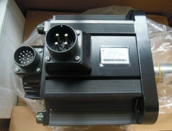 YASKAWA AC SERVO MOTOR SGMGH-05ACA61 NEW ORIGINAL FREE EXPEDITED SHIPPING