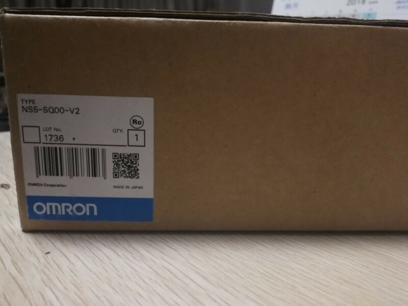 1PC OMRON TOUCH PANEL NS5-SQ00-V2 NEW ORIGINAL FREE EXPEDITED SHIPPING