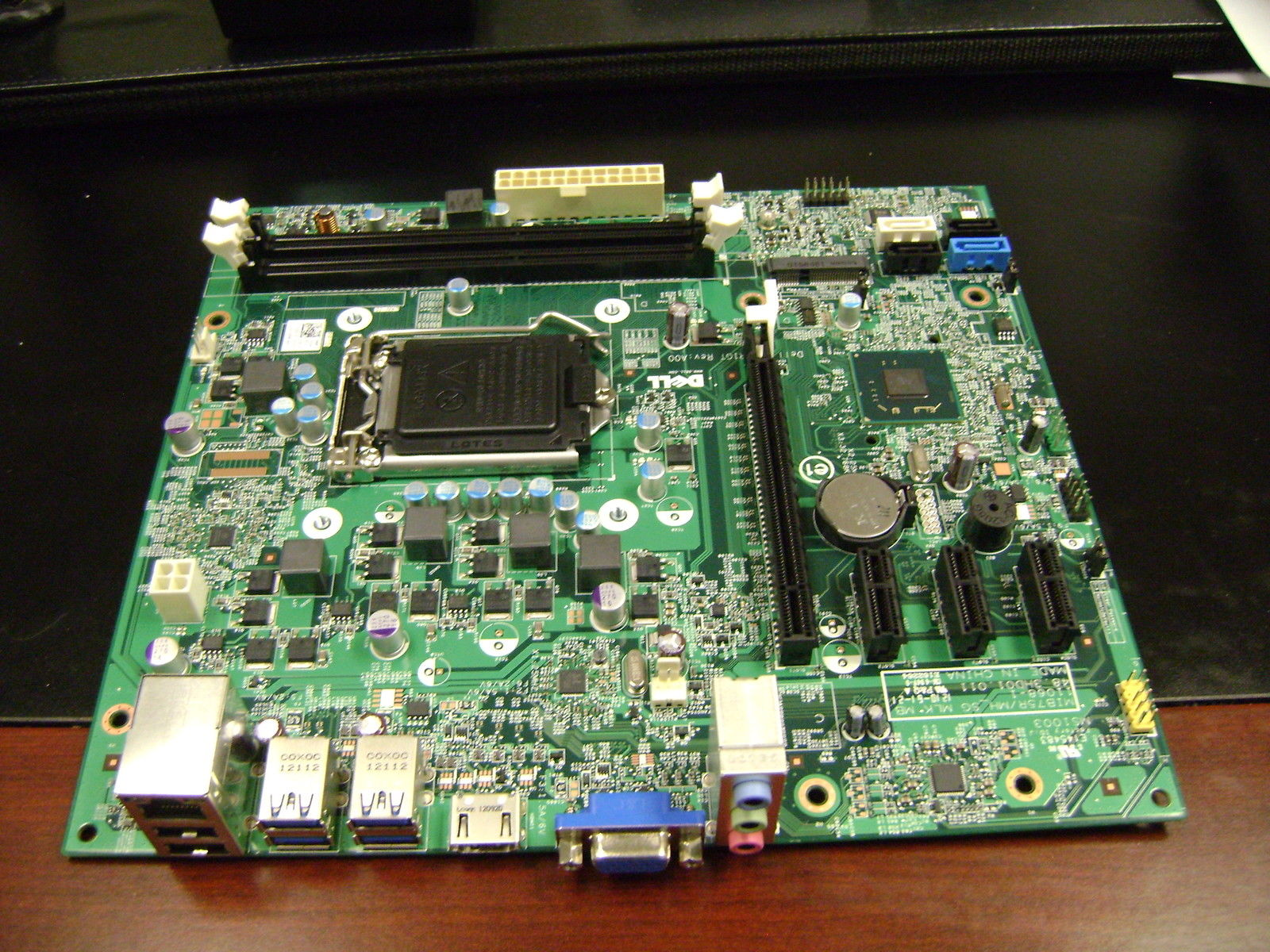DELL 660 mainboard for MIB75R /MH_SG MLK 11068-1 084JOR