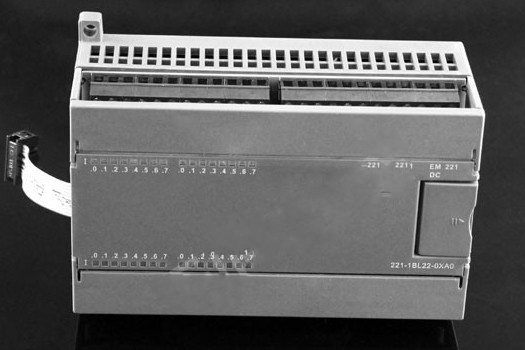 EM221 Digital input module 1BH22/1BF22-0XA0 used for S7-200 plc 8/16/32 input 24VDC